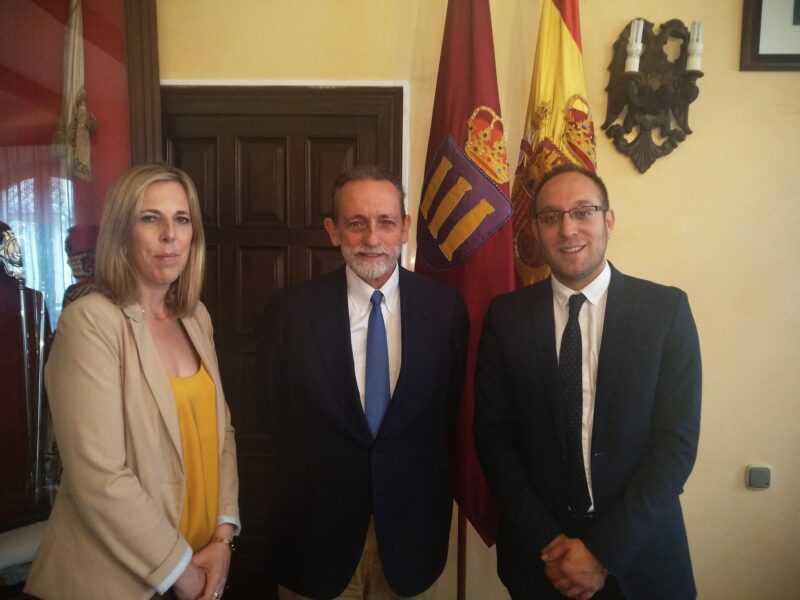 Reunión con representantes de la FDS